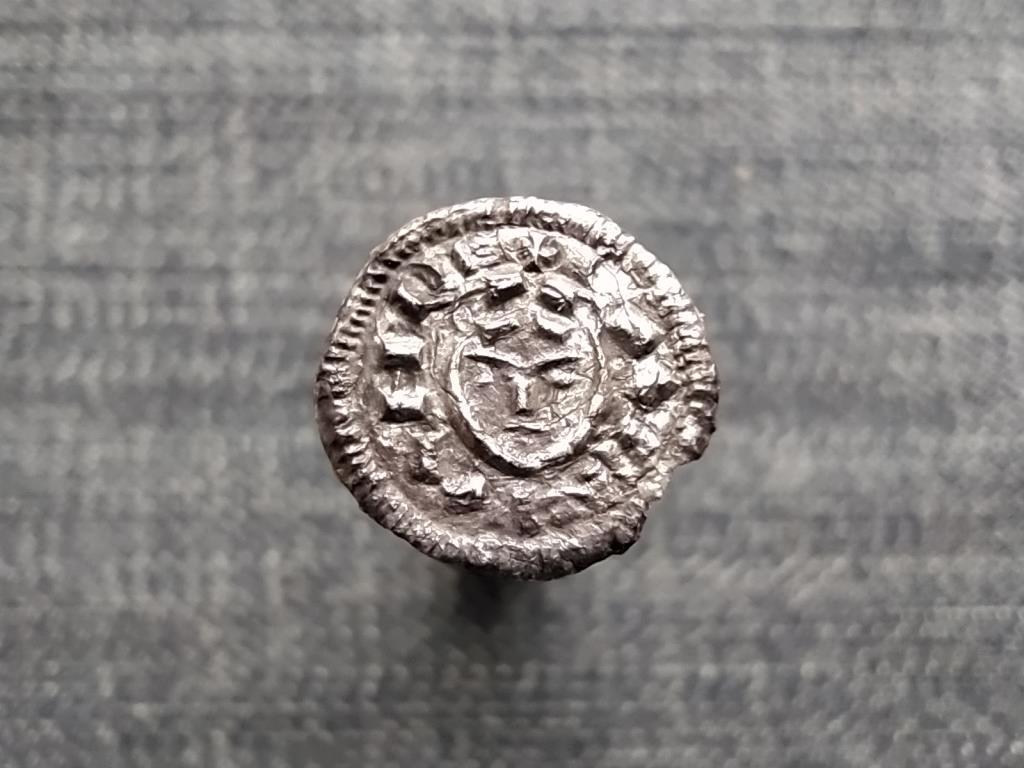 Könyves Kálmán (1095-1116) ezüst Dénár ÉH33