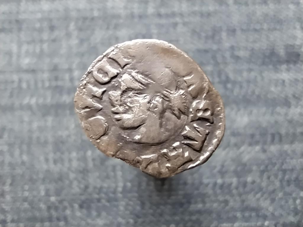 I. Lajos (1342-1382) szerecsenfejes ezüst Dénár ÉH438