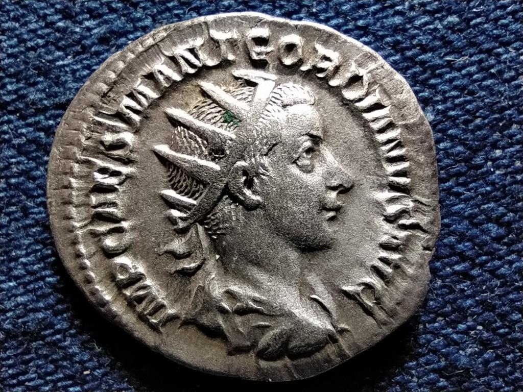 III. Gordianus ezüst Antoninianus IOVI CONSERVATORI 238-239