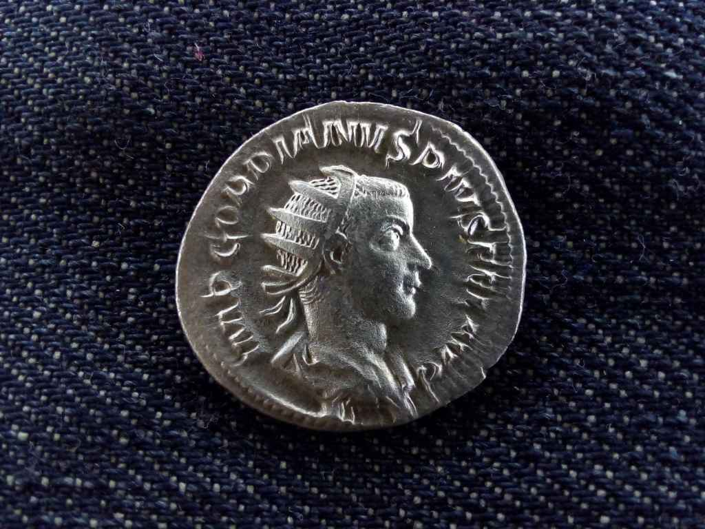 III. Gordianus ezüst Antoninianus LAETITIA AVG N 241-243