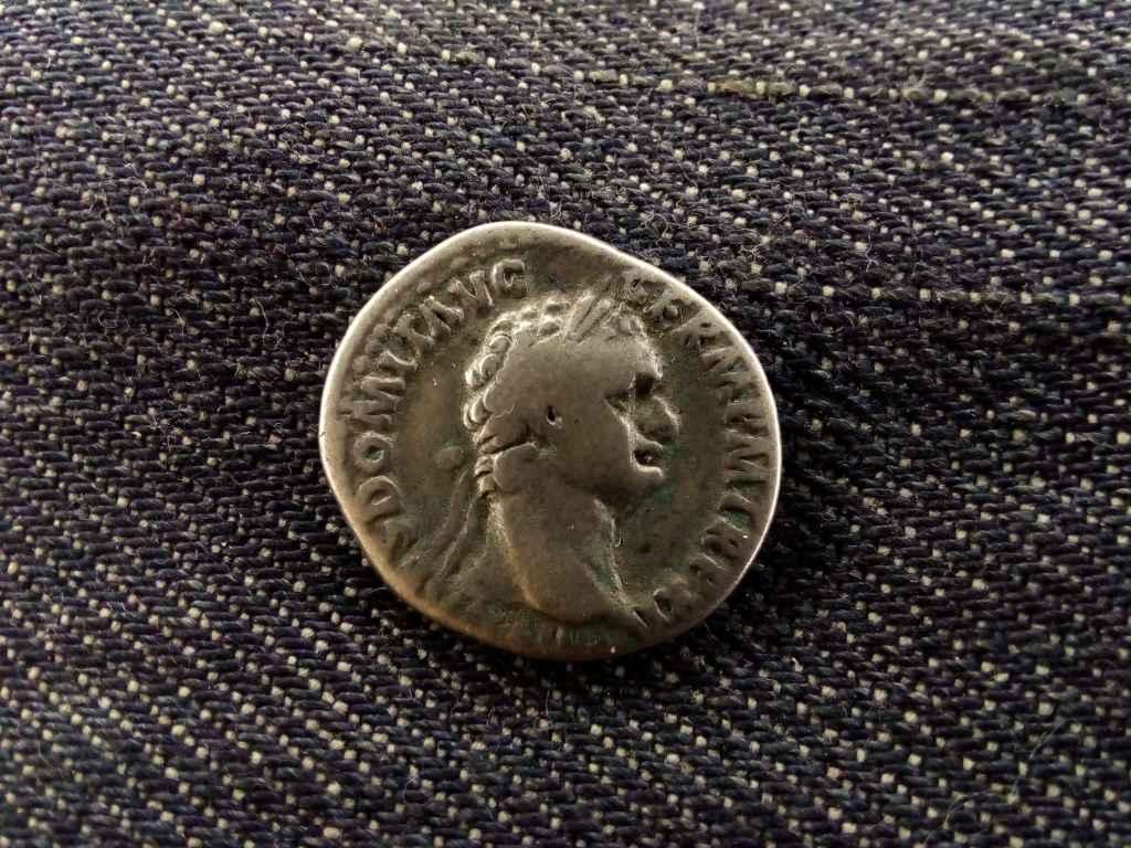 Domitian Dénár 95-96 IMP XXII COS XVII CENS PPP